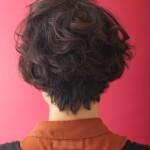 くせ毛を生かしたメリハリスタイル